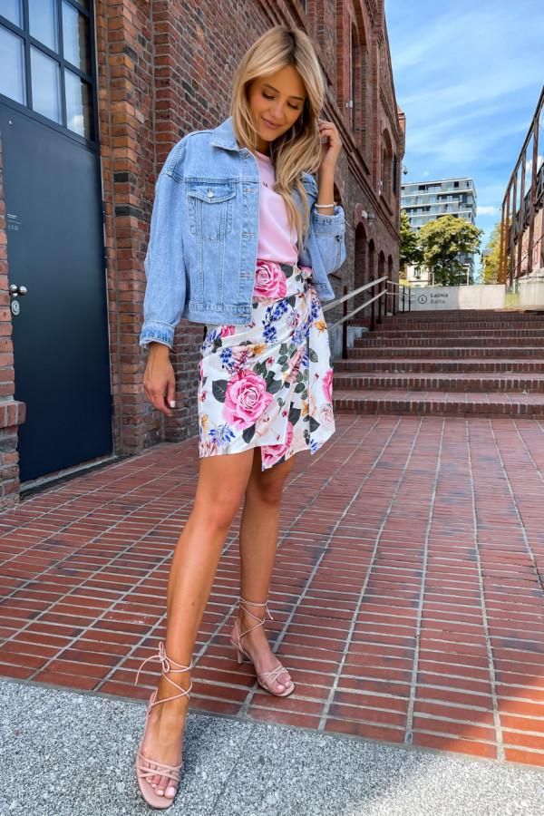 Spódniczka Abbi wiązana na boku śmietankowa w pastelowe kwiaty 9