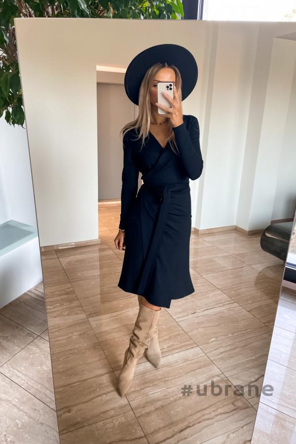 Sukienka Ateca czarna wiązana na boku 2